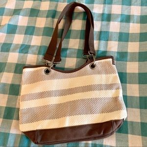 NWOT Thirty One Woven Stripe Purse